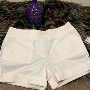 Kenneth Cole white shorts, NWT